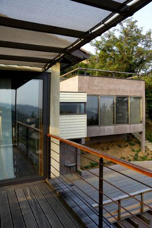 Architecture moderne aux lignes épurées