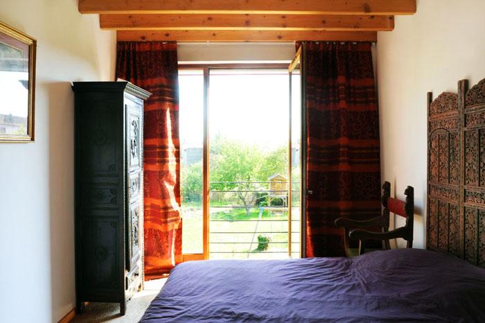 Petite chambre aux influences orientales