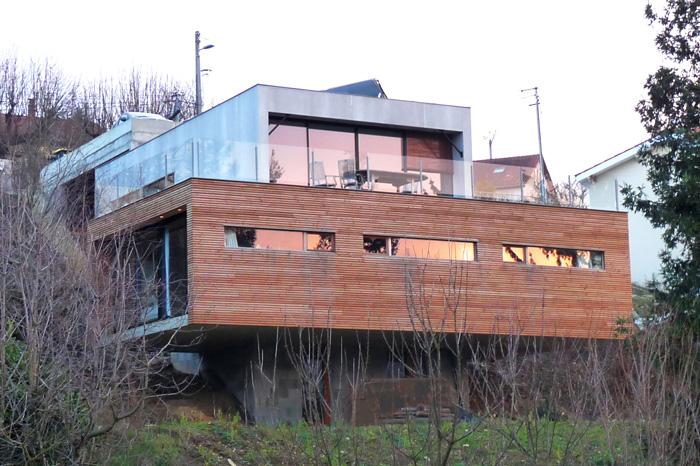 Maison contemporaine architecte de maisons - Maison bois et beton ...