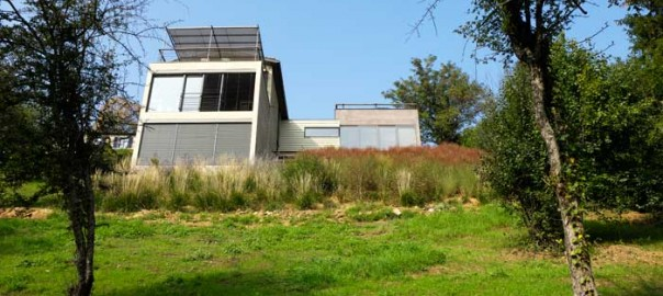 Choisir un terrain architecte de maisons for Maison terrain pente