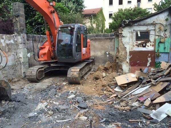 Démolition de l'ancienne maison