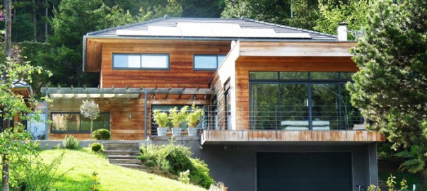Une maison cologique m thodes et techniques - Maison contemporaine solar solutions design ...