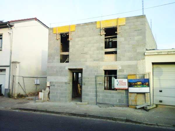 Réalisation des murs - côté rue